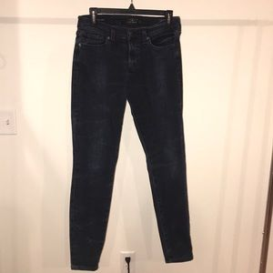 Lucky brand skinny jeans! Like new condition.